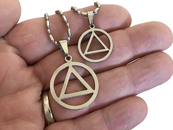 Circle And Triangle Pendant Aa Necklaces And Jewelry At