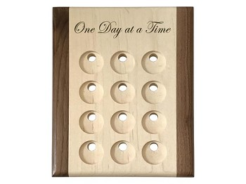 Deluxe Maple Medallion Holder/Display with One Day at a Time